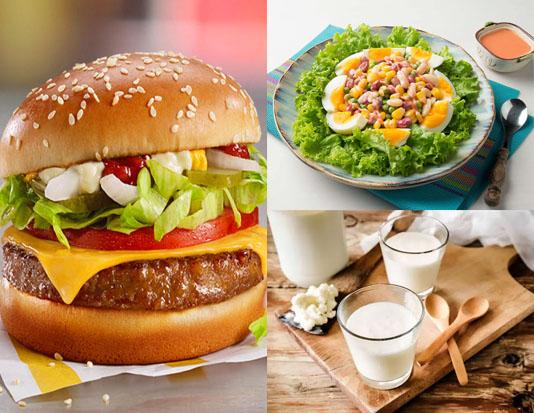 Bánh burger, salad đậu và sữa không béo