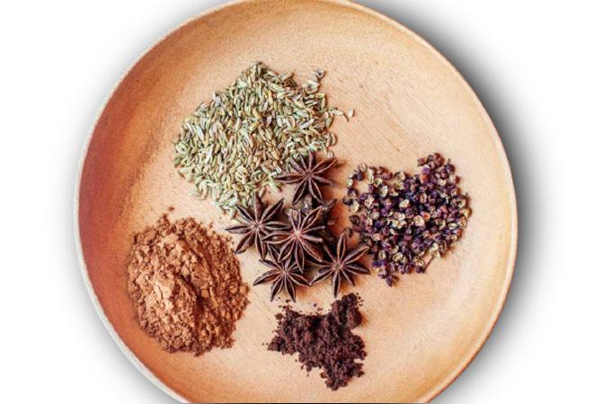 Bột ngũ vị hương làm gia vị ẩm thực