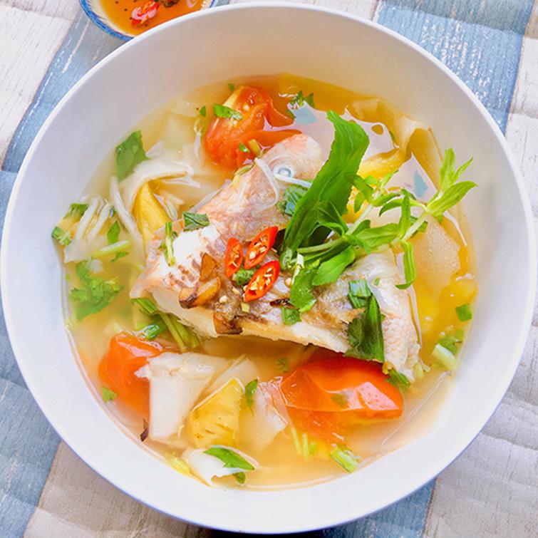 Hướng dẫn làm canh cá nấu măng chua
