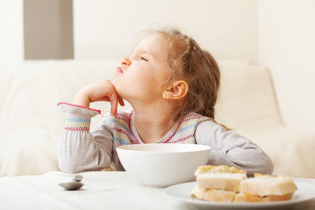 7 bí kíp áp dụng là hiệu quả cho trẻ hết biếng ăn
